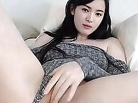 Korean Chick has Sinn say dildo part
