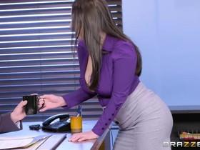 Slutty secretary pleases her boss for some extra money